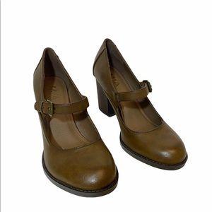 MIA Mary Jane Heels Brown Size 8 1/2